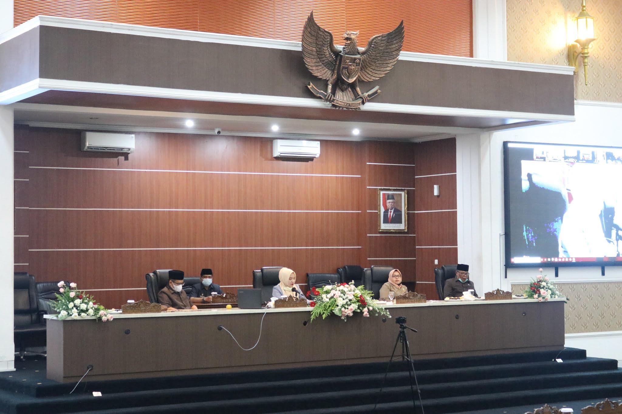 DPRD Purwakarta Menetapkan 24 Raperda Tahun 2021