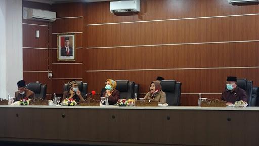 Semua Fraksi DPRD Purwakarta Menyetujui Raperda Kota Layak Anak