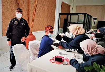 Sekretariat DPRD Purwakarta Fasilitasi Kegiatan Vaksinasi Covid-19 Buat Pengurus dan Kader Partai