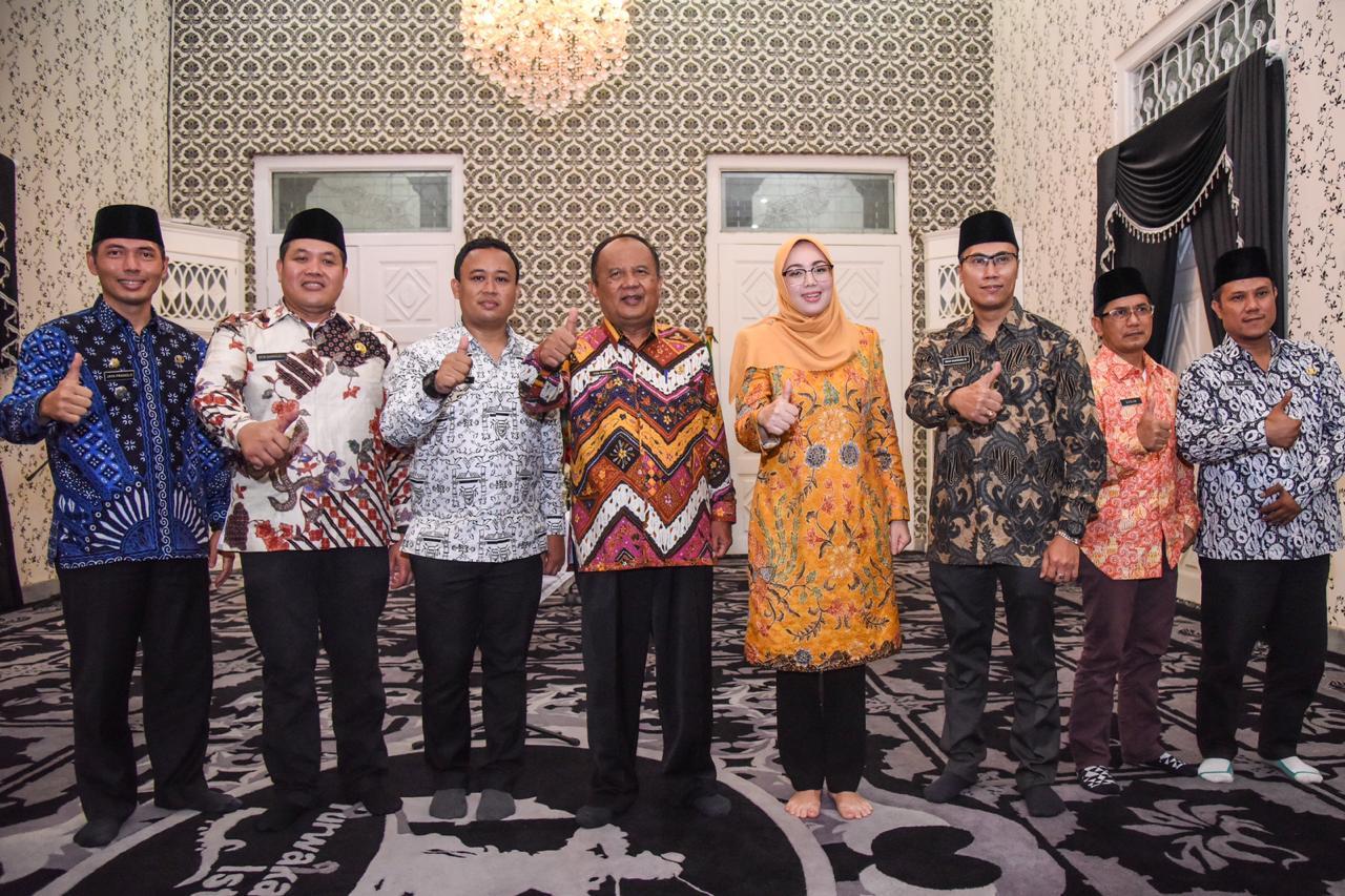 Ketua DPRD Ucapkan Selamat Kepada Lima Kadis Baru