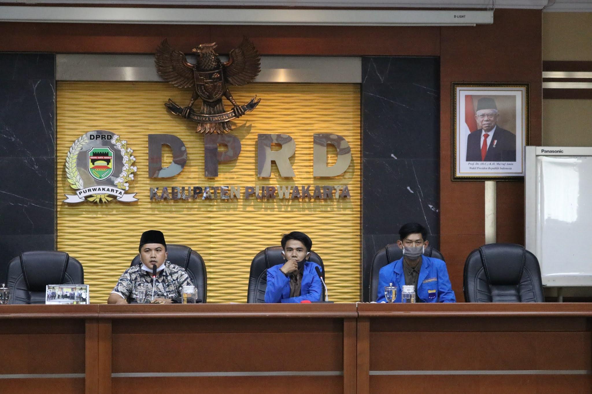 PMII Harapkan Pencerahan dari DPRD Purwakarta Terkait Omnibus Law