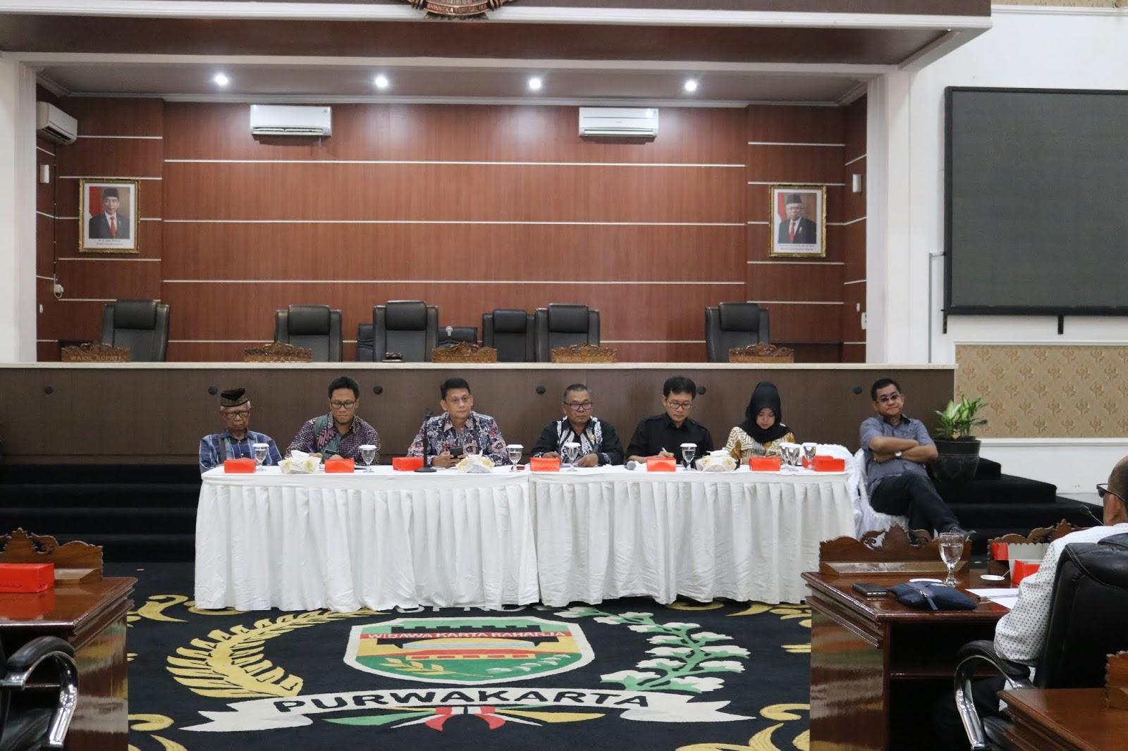 DPRD Purwakarta Terima Pansus dan Panja DPRD Subang